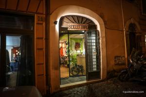 """Il """"Biciclettaro"""" di via Urbana a Roma"""