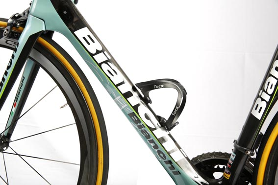 bianchi-oltre-xr-2-belkin-team-edition-detail-4