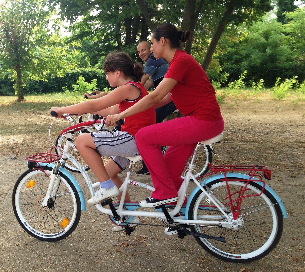 Hugbike Abbracci In Bici Per Bambini Autistici Bicitech